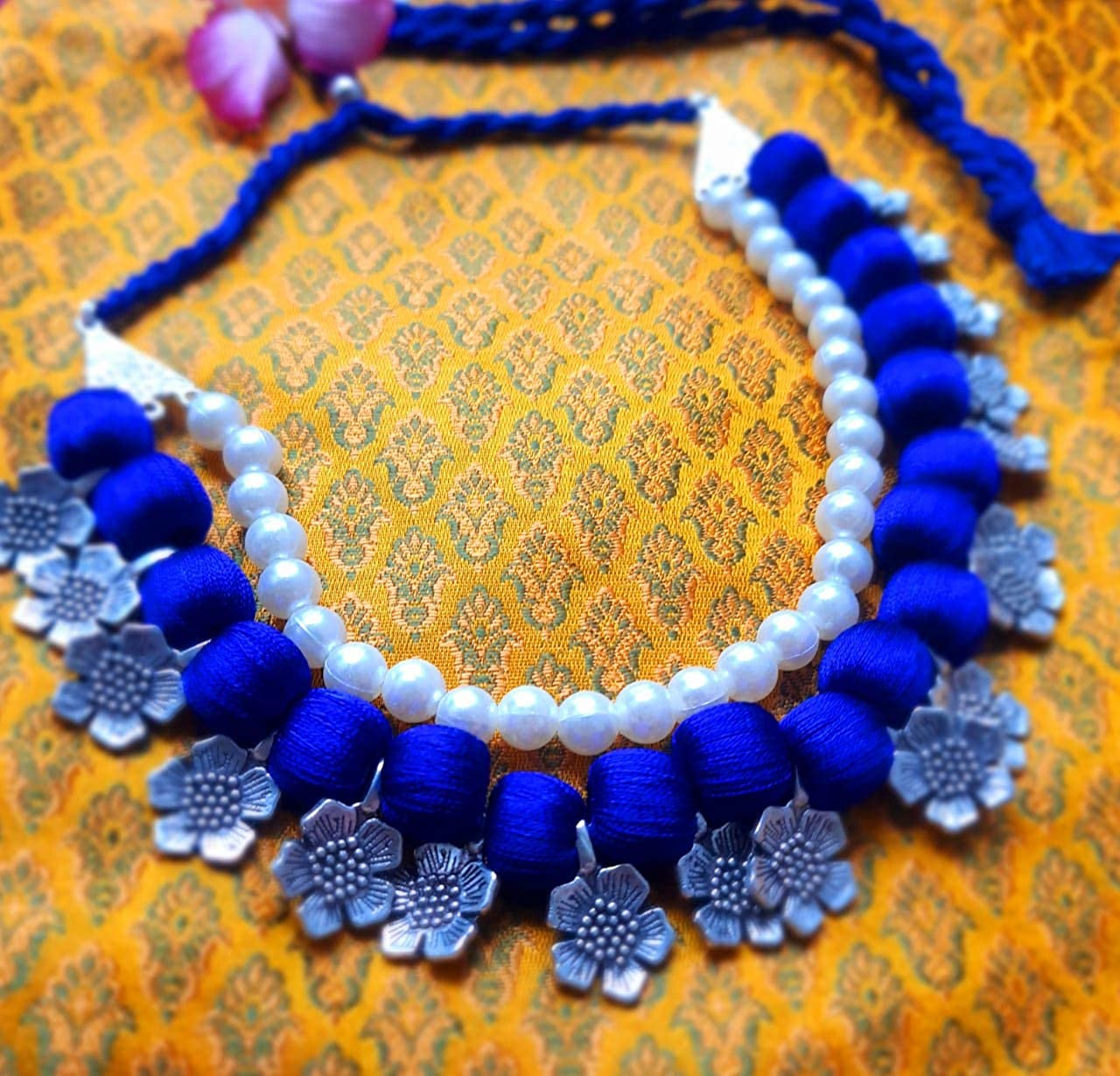 Twaksati Fashion Jewelry Blue Beads, Pearls and Silver Alloy Flowers Necklace Set