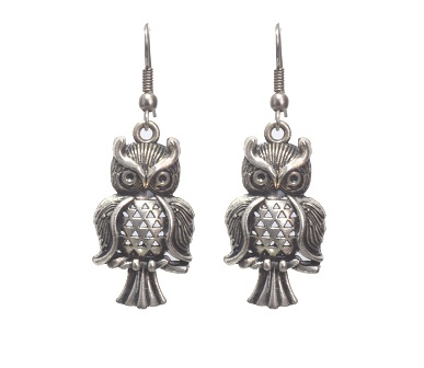 The Owl story earring