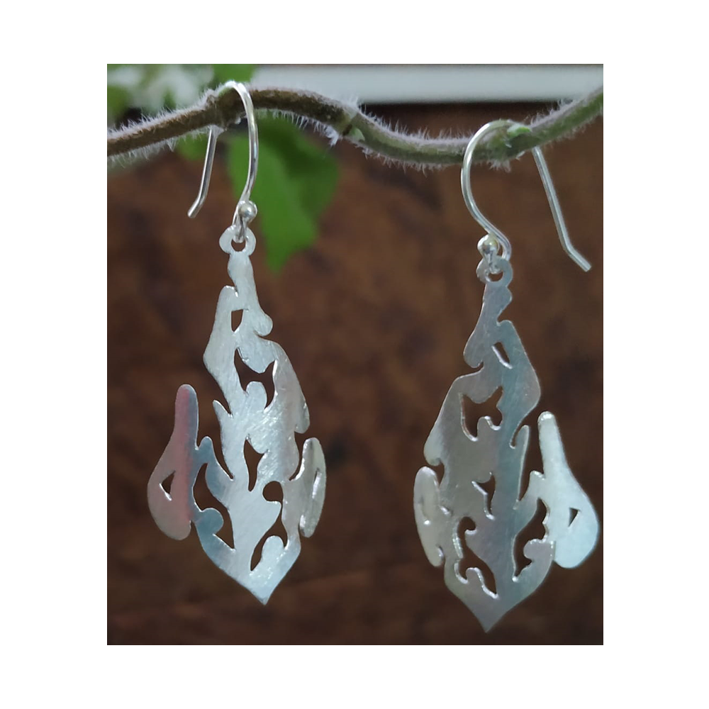 Silver Cut work leaf earrings