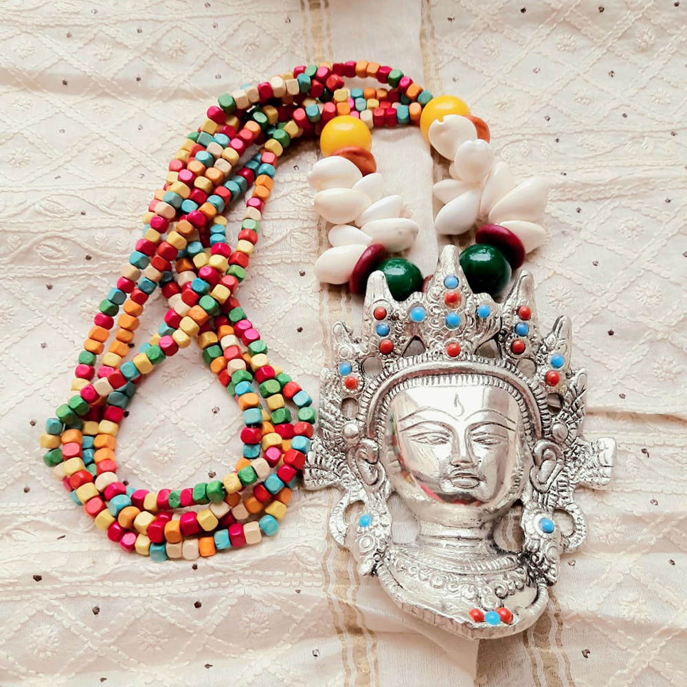 COLORFUL WOODEN BEADS WITH BUDDHA PENDANT